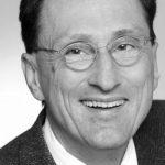 Univ. Prof. Dr. Johannes Steyrer, Woche der Würde, Portrait